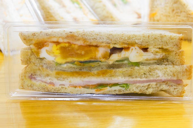 bigstock-Sandwich-In-Package-36621730