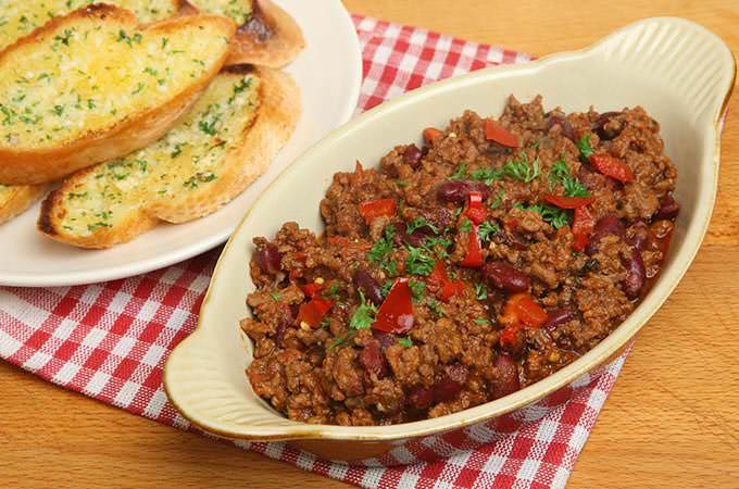 bigstock-Chilli-con-carne-served-with-g-43282501