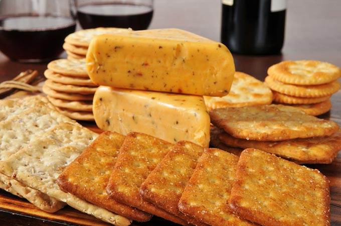 bigstock-Cheese-And-Crackers-With-Red-W-51806725
