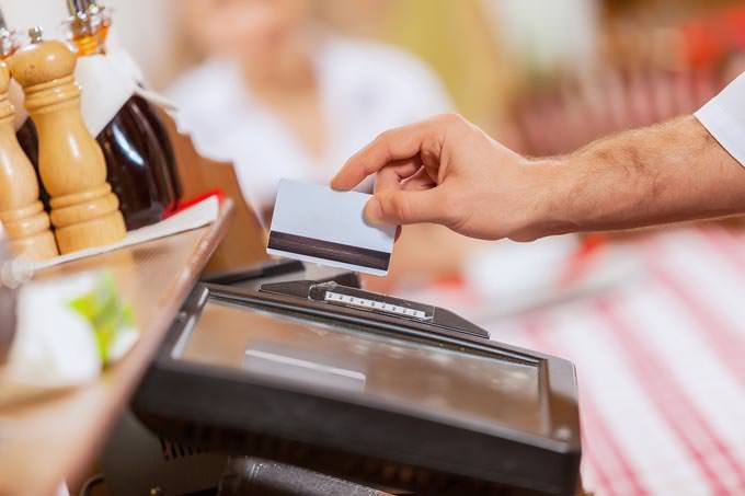 bigstock-Close-up-image-of-cashier-male-49661204_mini