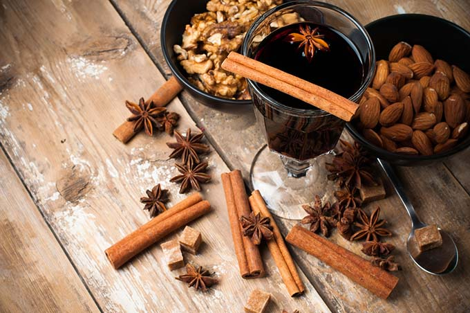 bigstock-Hot-Mulled-Wine-Spices-And-Nu-51524908