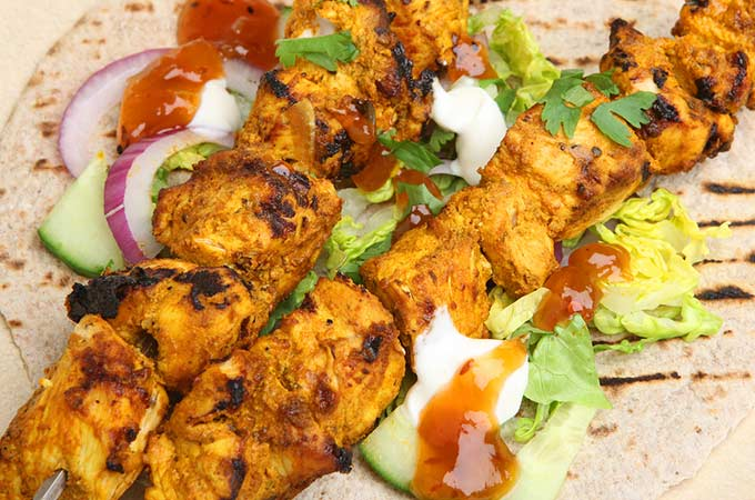 bigstock-Indian-chicken-tikka-kebabs-se-36421666
