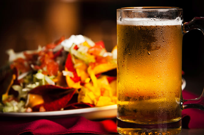 Spicy-Nachos-Cold-Beer-161176545-tsp