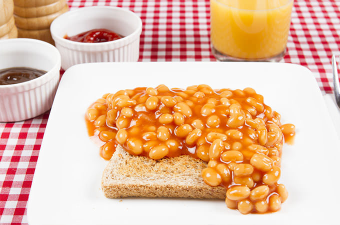 bigstock-Beans-and-poached-egg-on-toast-76193615