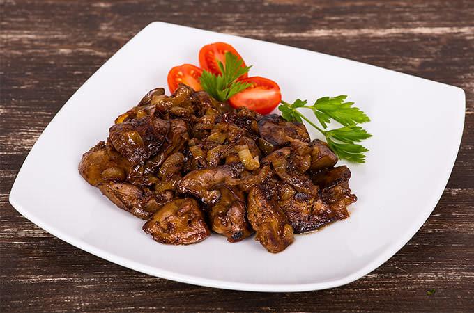 bigstock-Chicken-Livers-In-A-Creamy-Sau-68433376