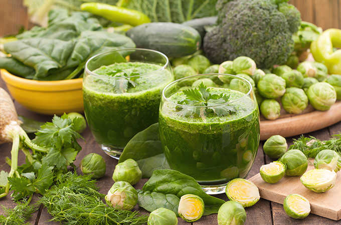bigstock-Healthy-green-vegetable-juice-94254641
