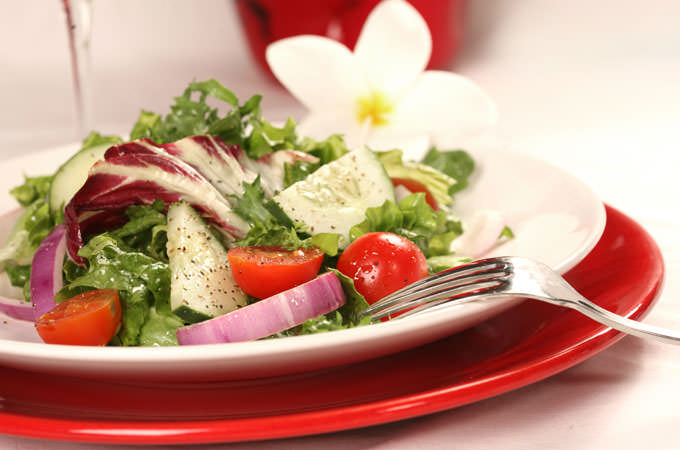 This-Salad-Recipe-Will-Make-Your-Skin-Glow-cover