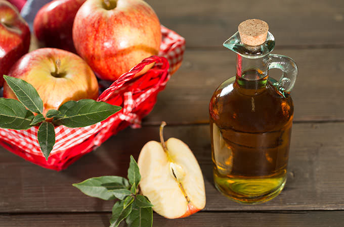 bigstock-Apple-Cider-Vinegar-87229175